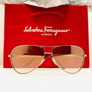 Salvatore Ferragamo Sunglass Style SF167S